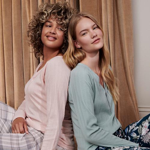 women's-trending-sleepwear