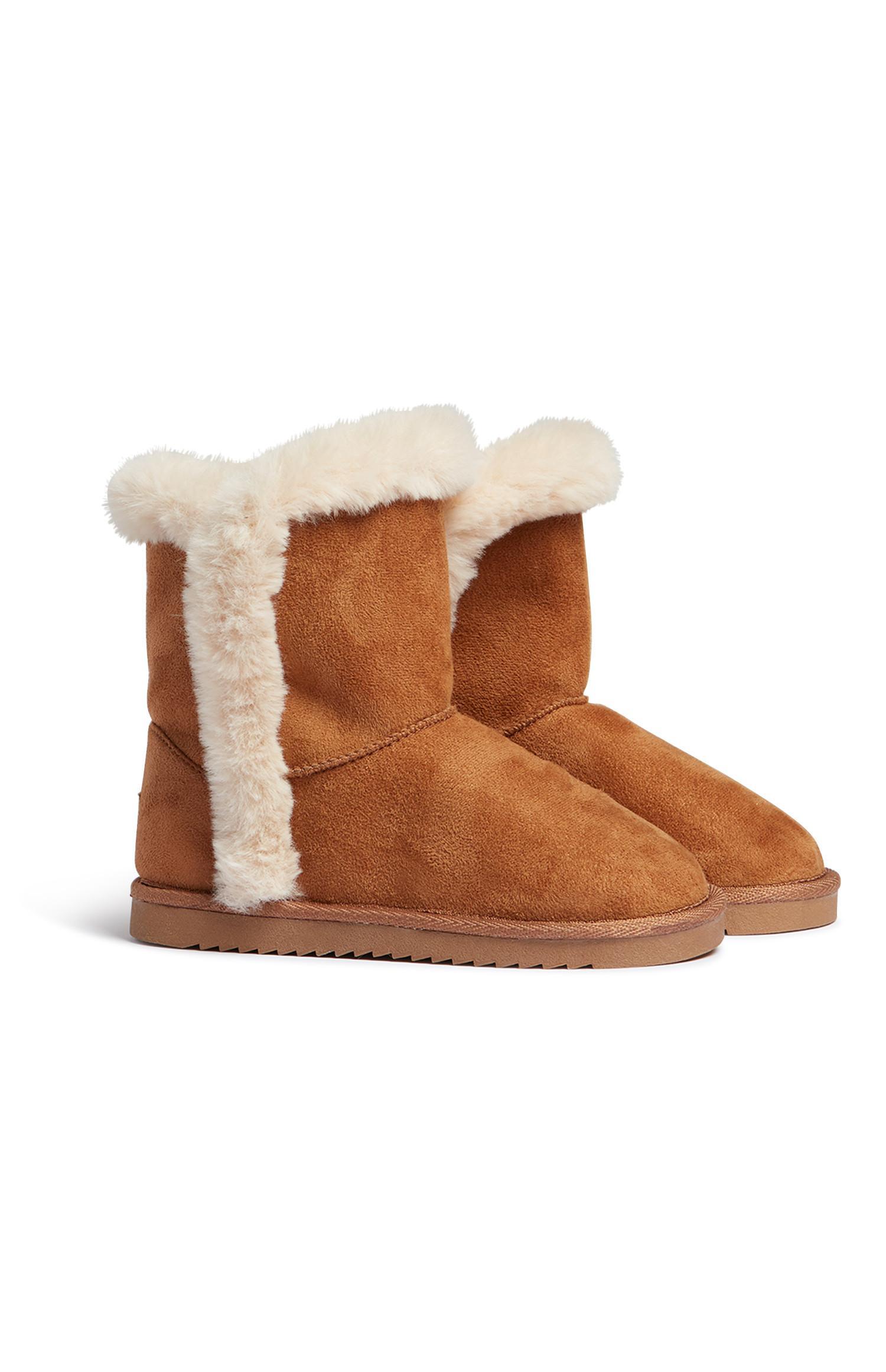 Older Girl Tan Snug Boot