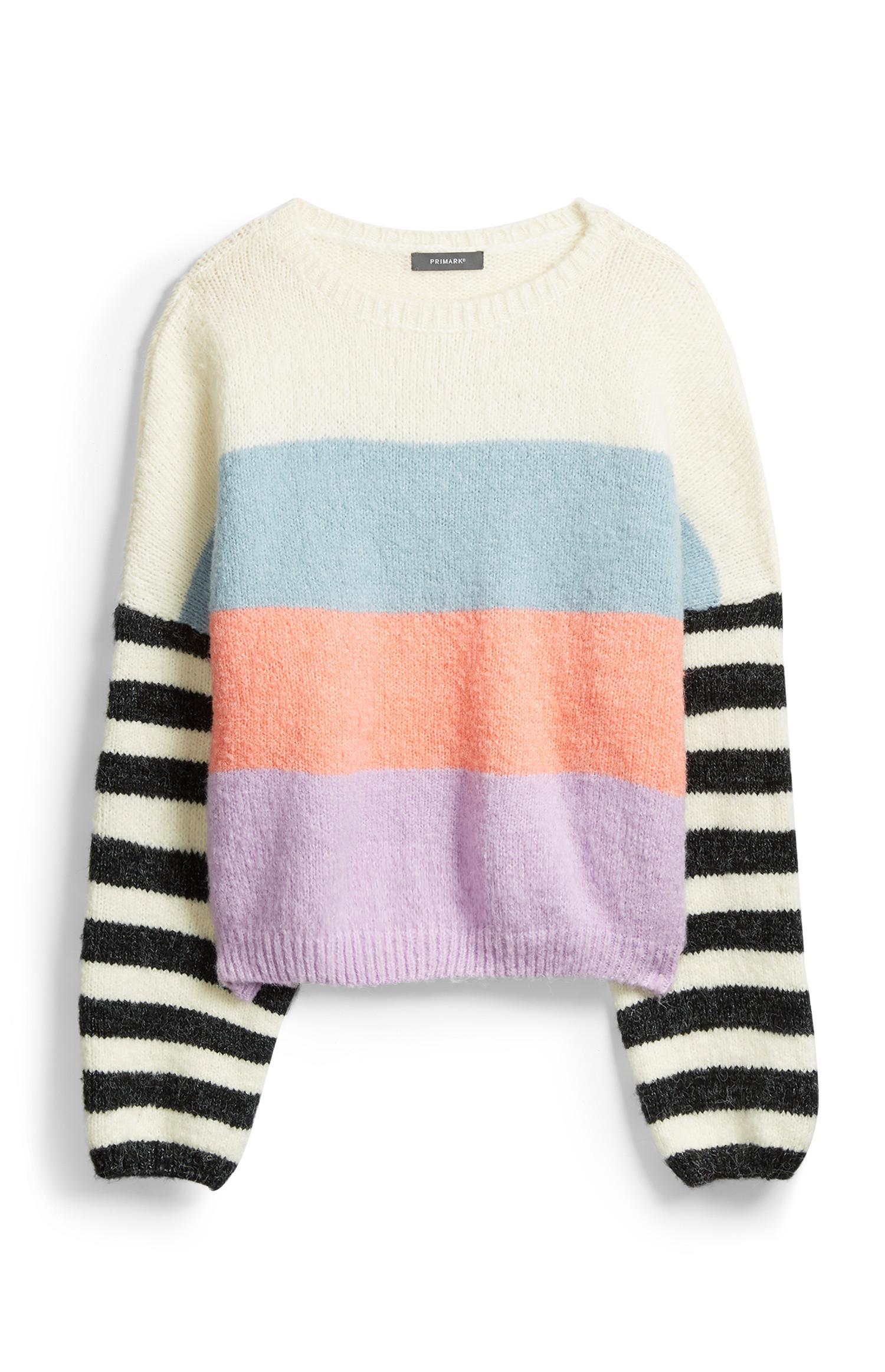 Maglione con maniche a righe