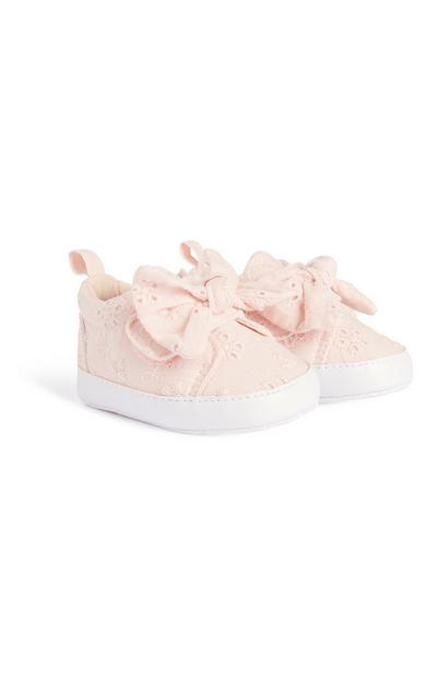 Baby Girl Broderie Bow Pump