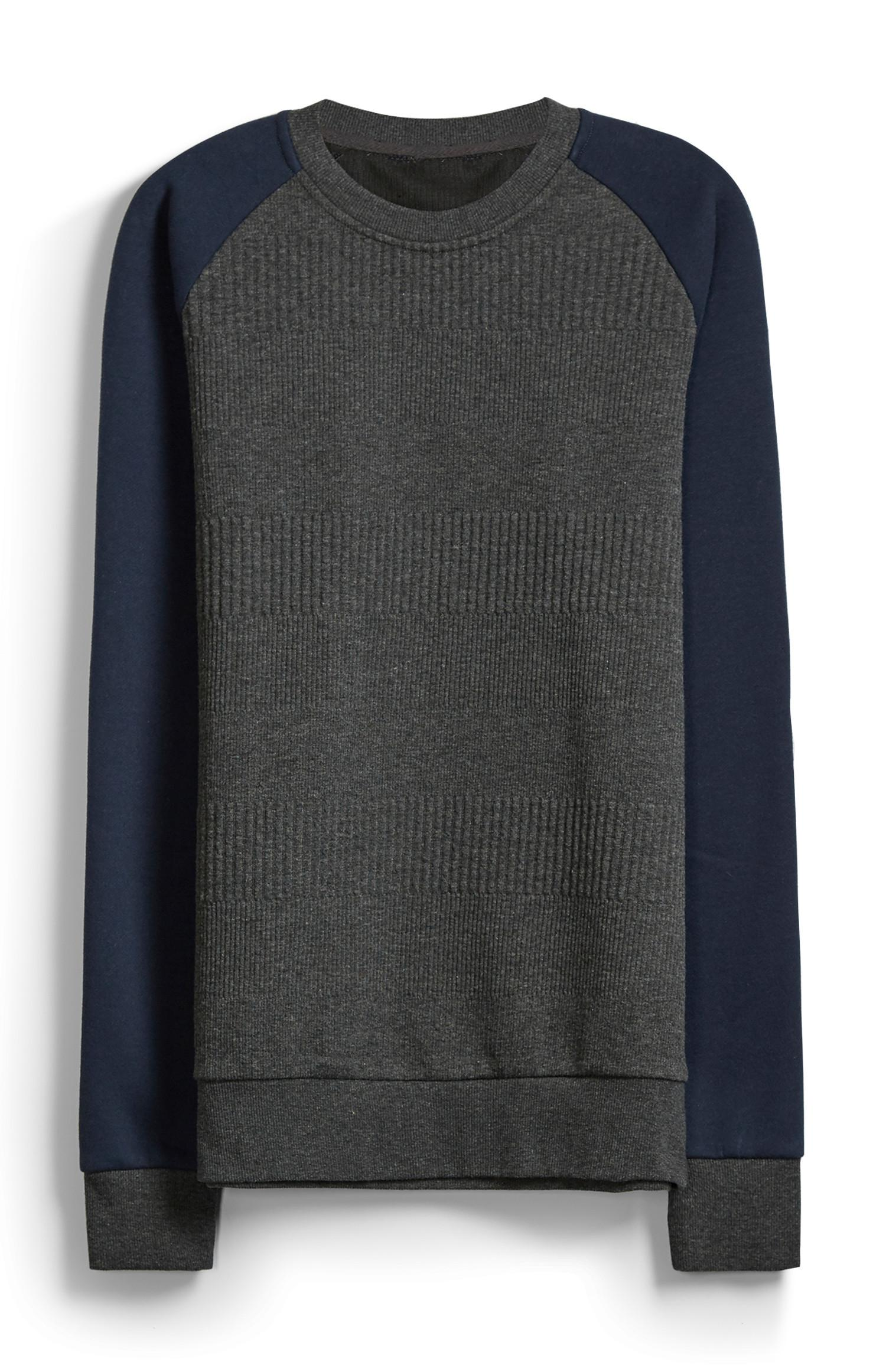 Camiseta de cuello redondo con textura