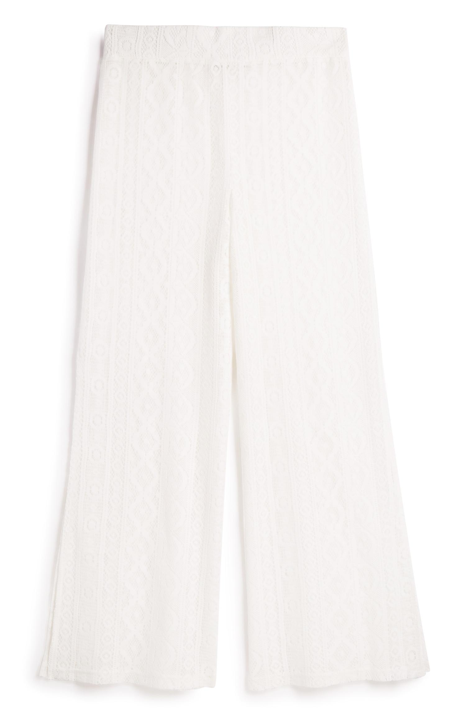Weiße Hose mit Spitze