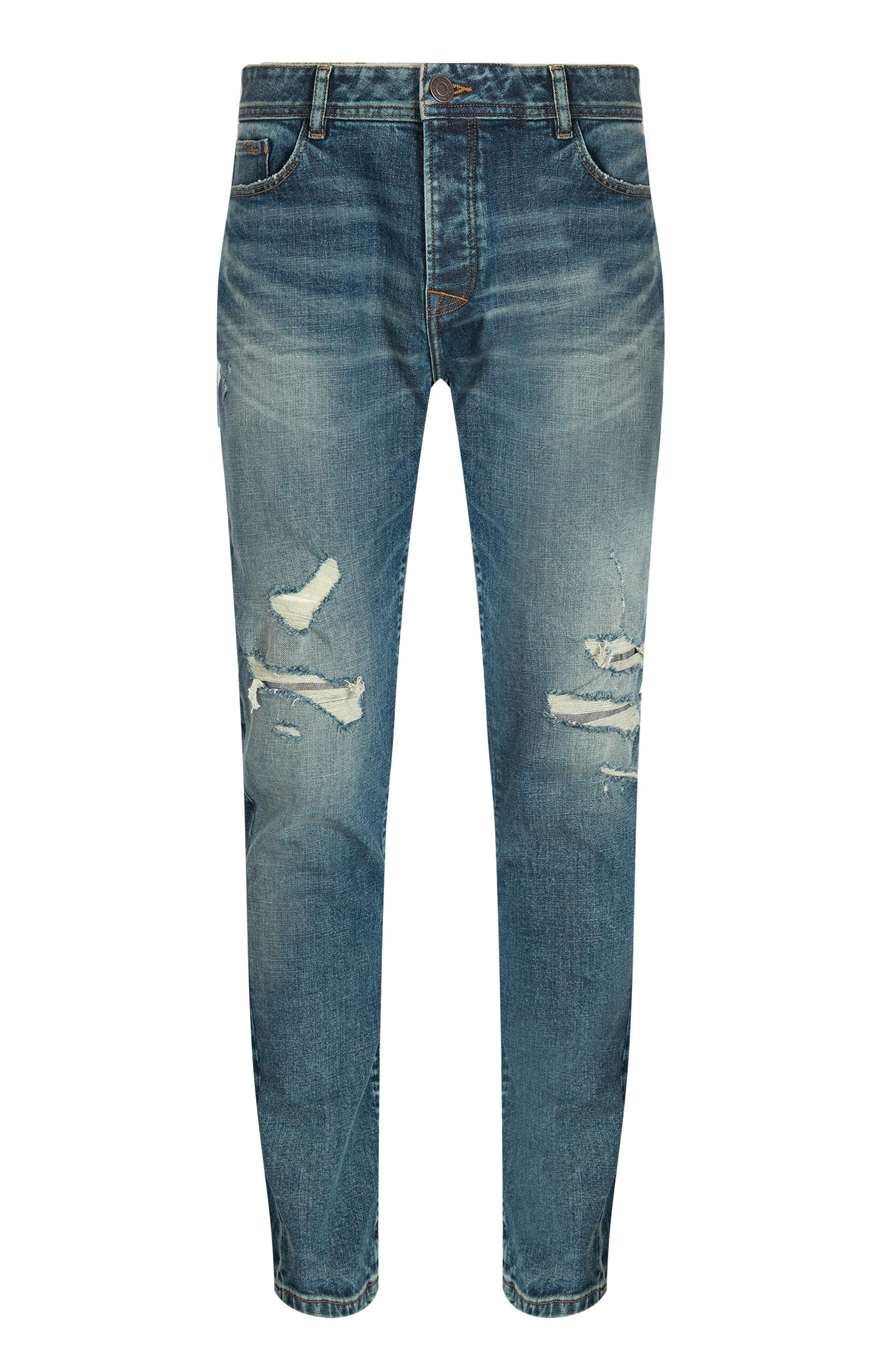 Hellblaue Jeans im Used-Look