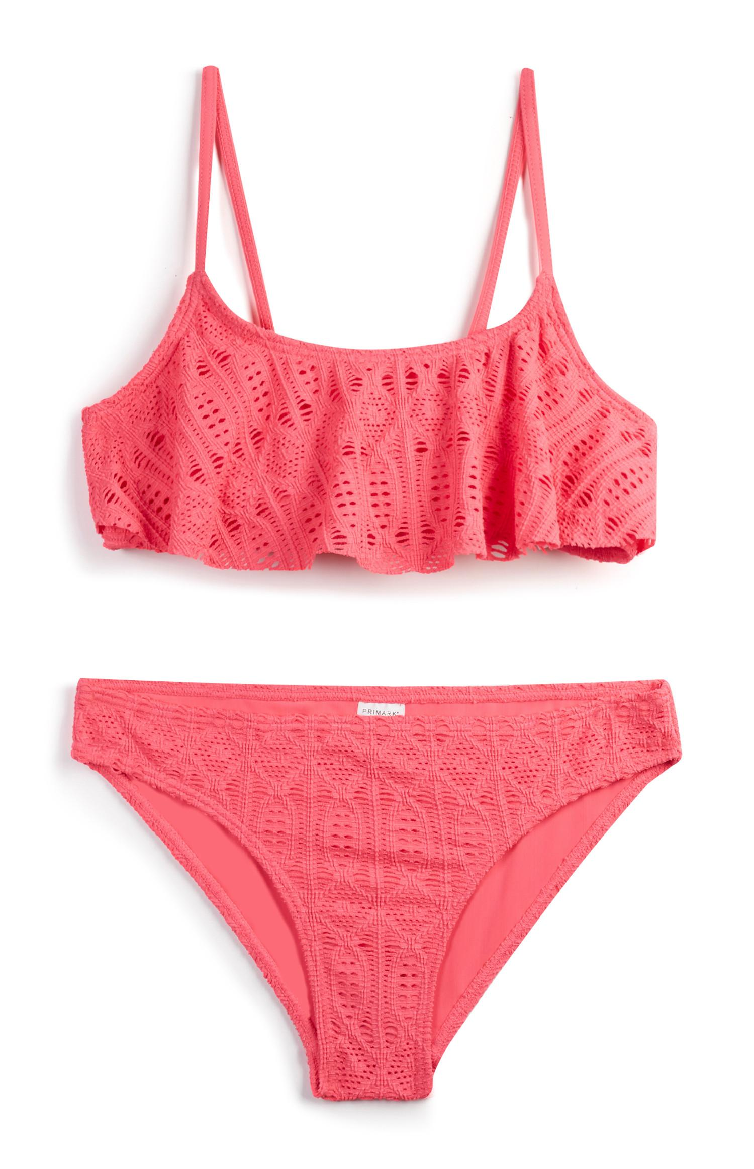 Bikini rosa de niña mayor