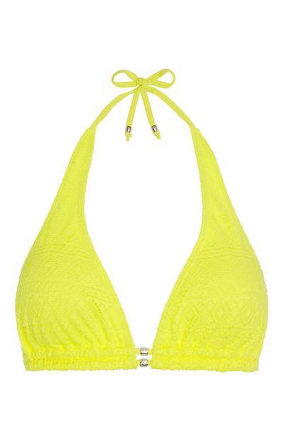 Gelbes Bikinitop mit Häkeldetail