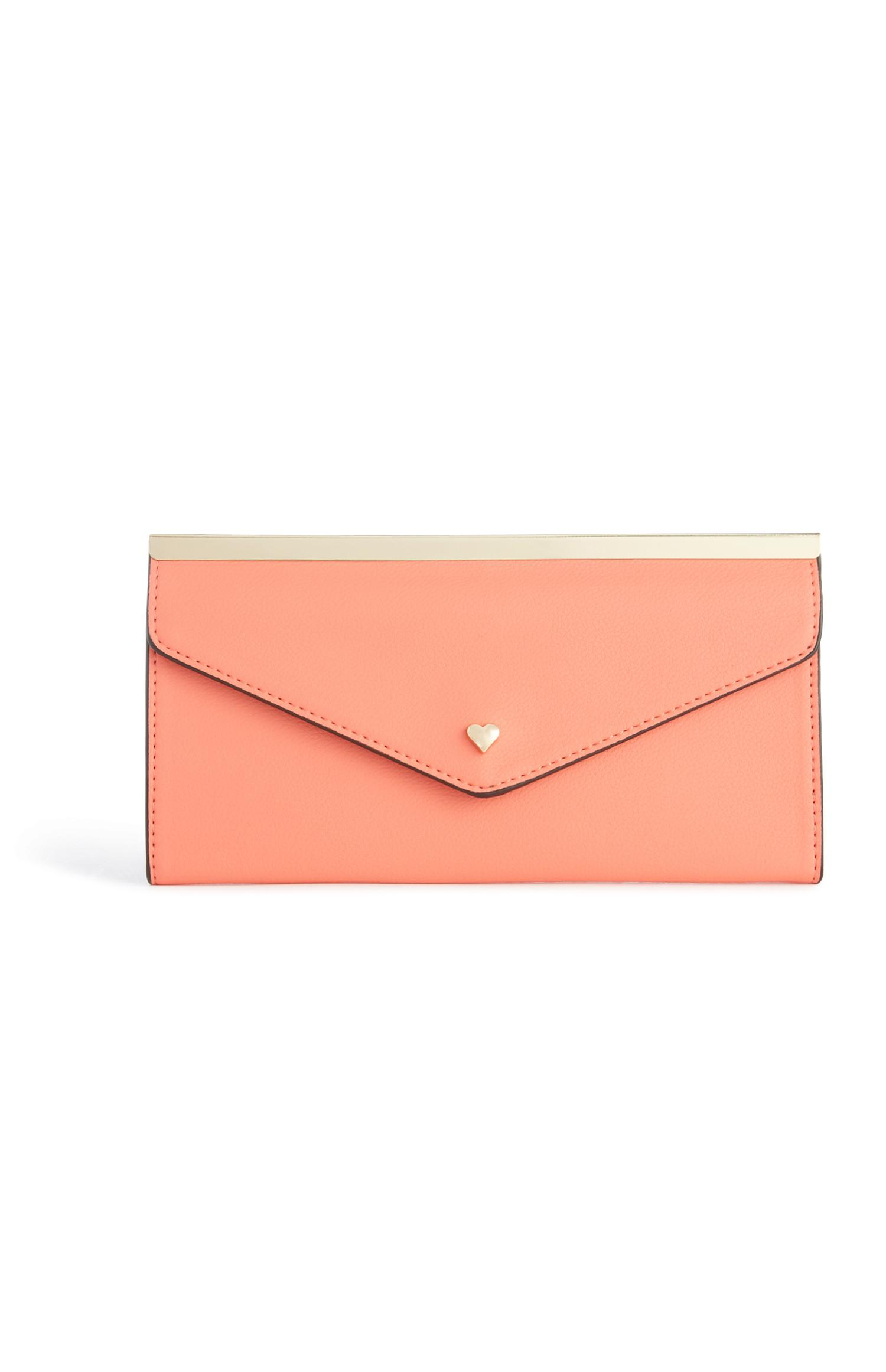Coral Heart Clutch