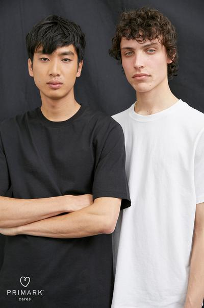 Model boys wearing t-shirts
