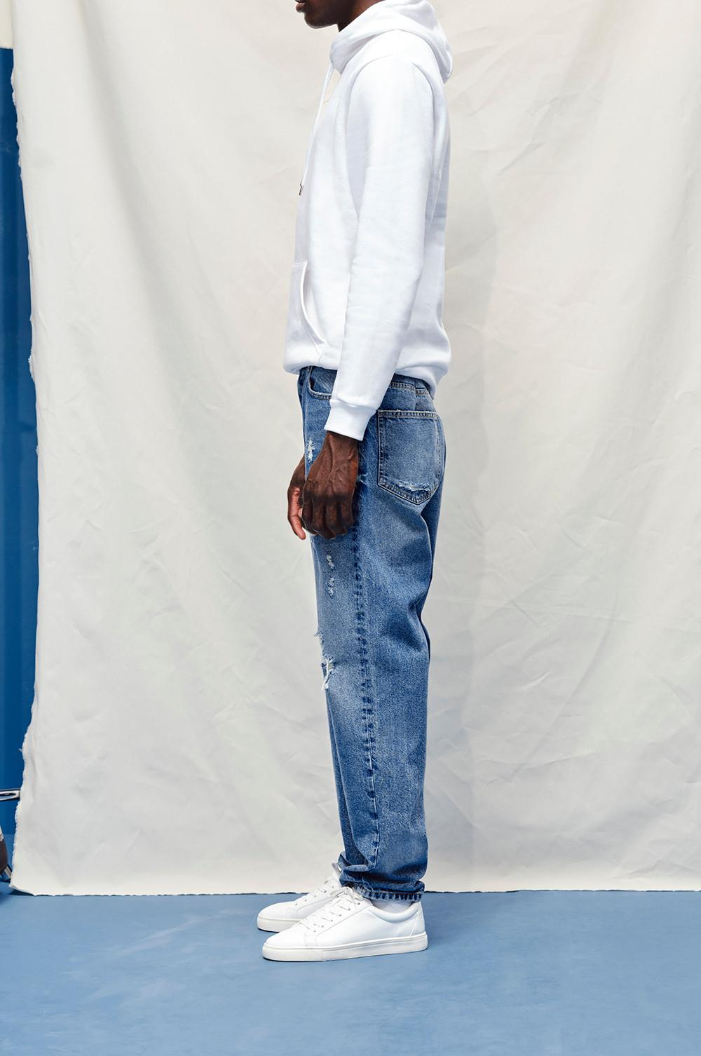 Model wearing The Relaxed Straight Jean