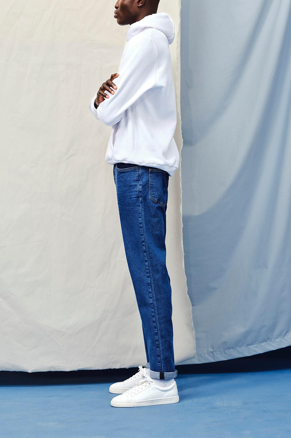 Model wearing The Relaxed Tapered Jean
