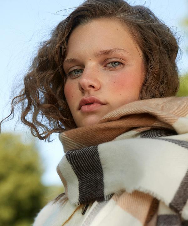 Model in scarf