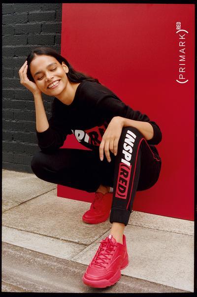 """""""Red"""" Sneaker von Primark"""