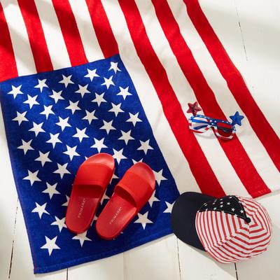 4th of july themed towel, sliders and hat