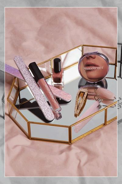 Makeup and compact mirror