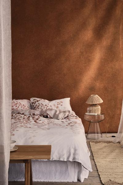 Schlafzimmer mit beruhigendem Ambiente