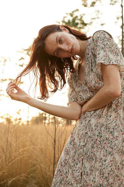 Women's Spring image 1