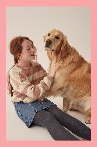 rapariga com cão