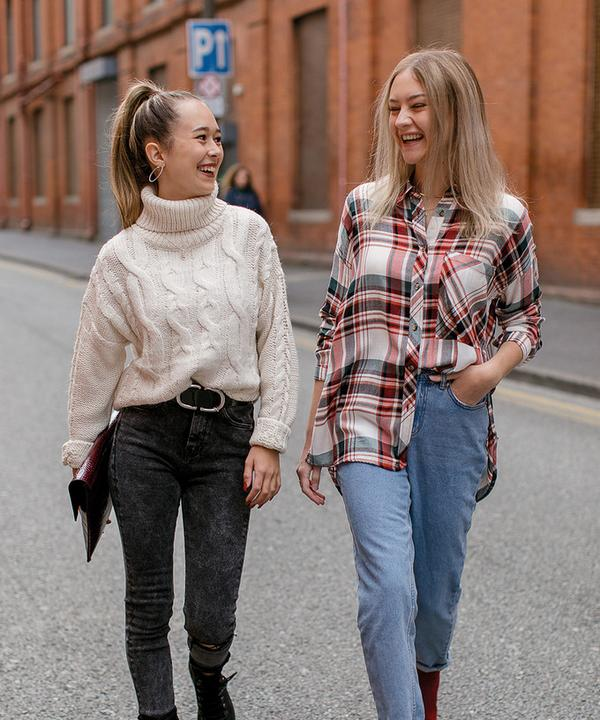 laura and pia wearing primark sustainable denim