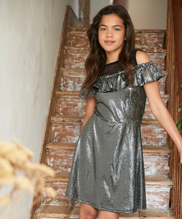 Party-Outfit für Mädchen Bannerbild