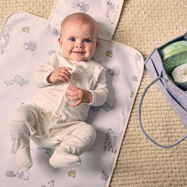 Baby hub