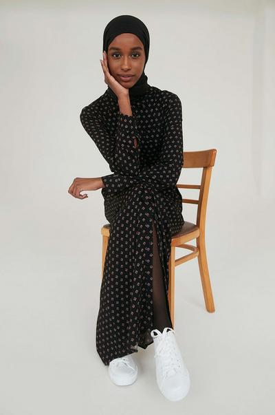 Primark Women's Modest-Chic Collection