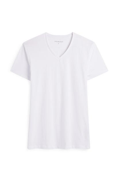 Camiseta blanca de manga corta y cuello de pico