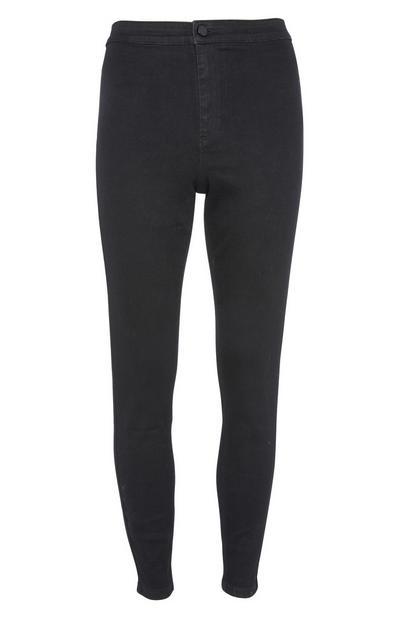 Jean noir coupe skinny