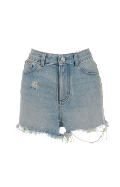 Pantalón corto azul claro