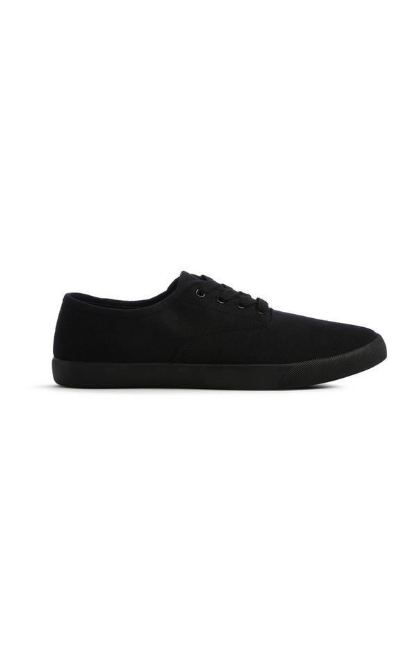 Zwarte tennisschoen