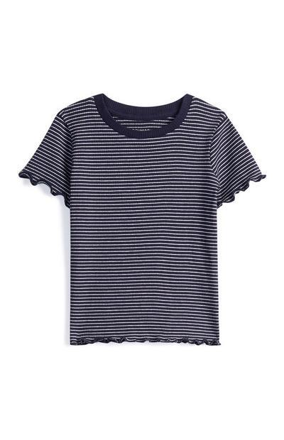 Camiseta a rayas para niña pequeña