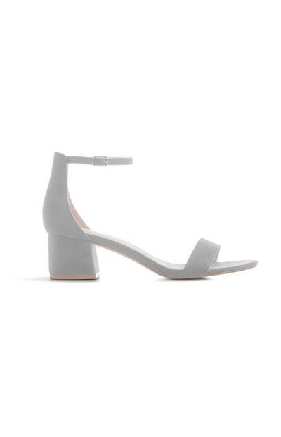 Grijze sandaal met blokhak