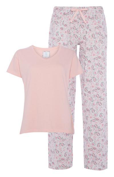 Conjunto de pijama rosáceo