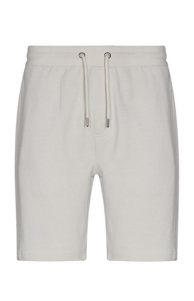 Pantalón corto color crudo