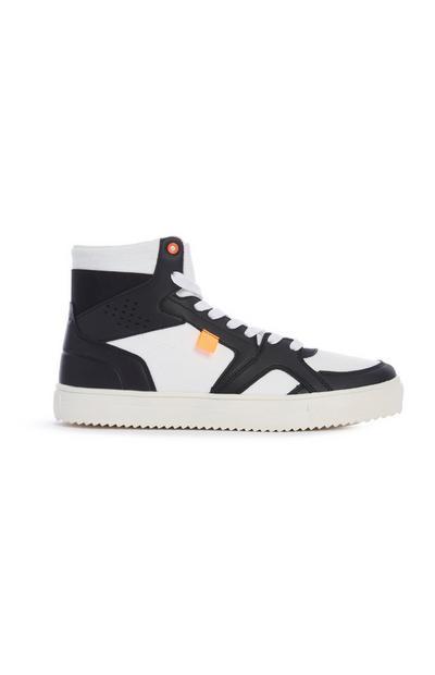 Hoge zwarte-witte sneakers