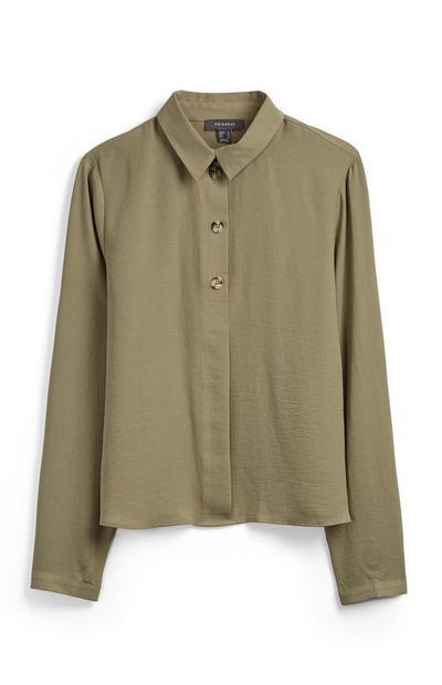Khakifarbenes Hemd mit Knopfleiste
