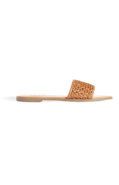 Sandalias en tejido canela