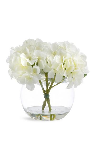 Glazen schaal met imitatiebloemen