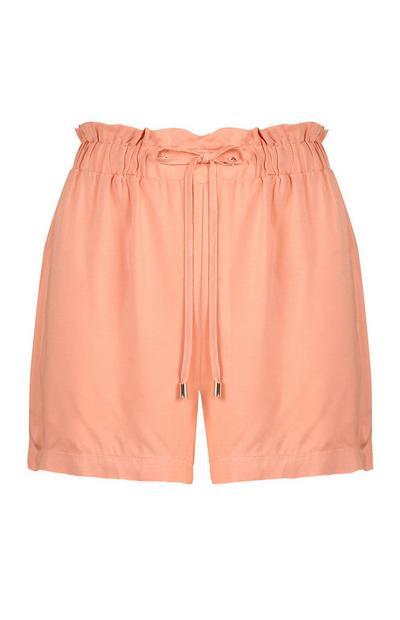 Pantalones cortos color coral con lazada