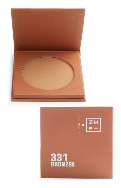 Bronzer prah Mina
