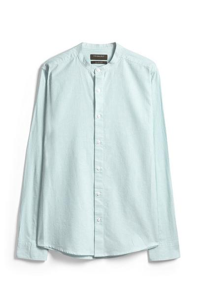 Camicia verde a righe senza colletto
