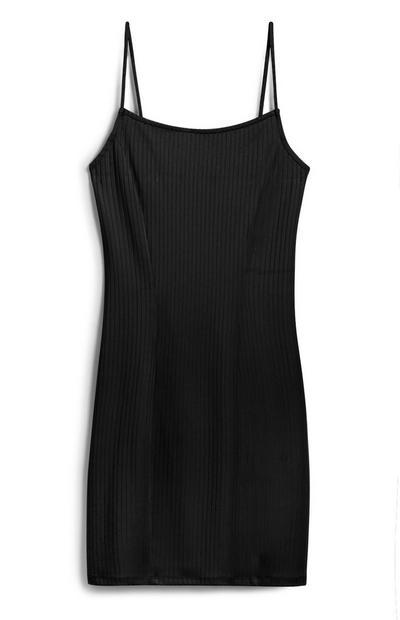 Schwarzes, geripptes Kleid