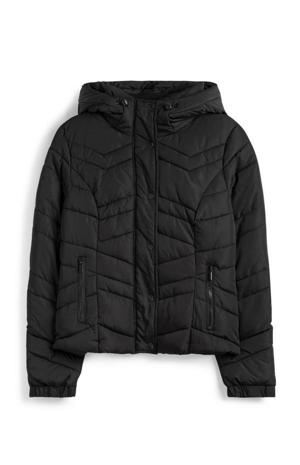 Zwarte gevoerde jas