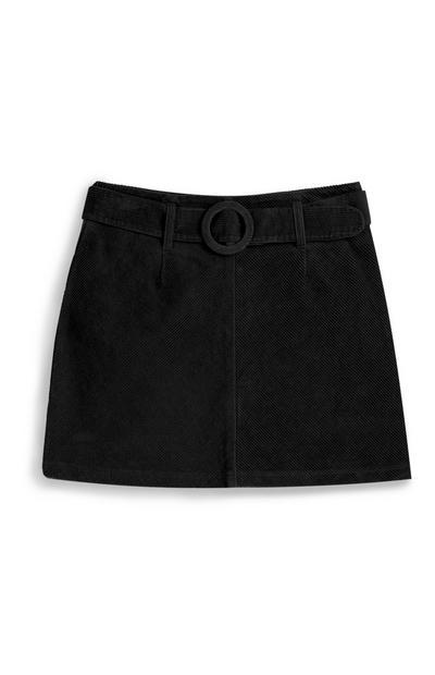 Falda de pana negra con cinturón