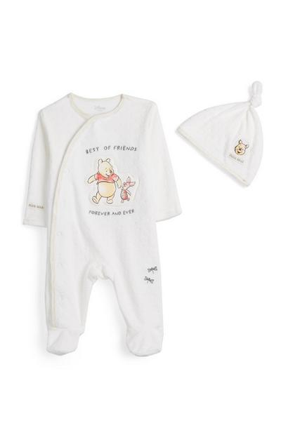 Komplet pajaca in kape za novorojenčke Medvedek Pu