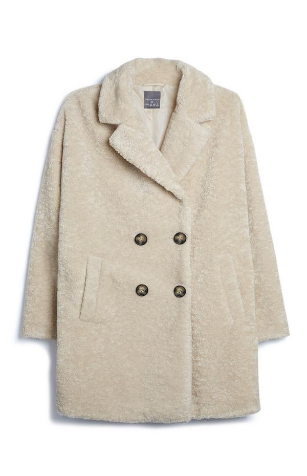 Cremefarbener Mantel aus Teddystoff