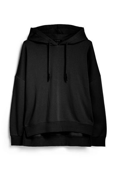 Zwarte hoodie met zijsplit