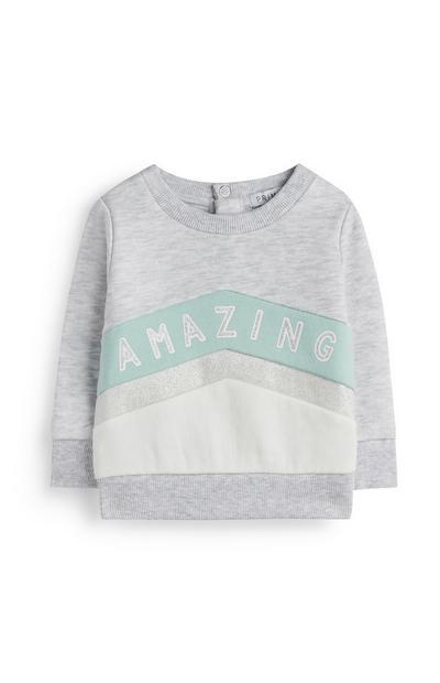 Maglione grigio con scritta da bimba