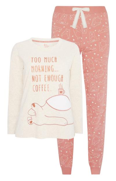 Pyjamaset met beer en tekst