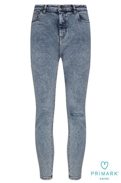 Jean bleu déchiré en coton durable
