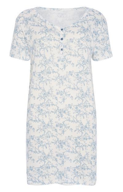 Spalna srajca iz trajnostnega bombaža