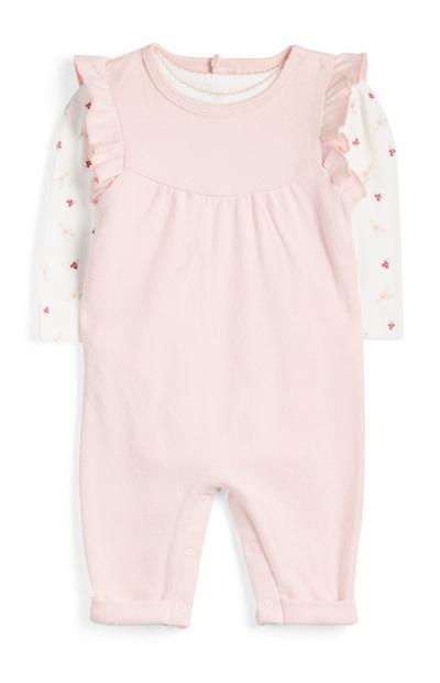 Jardineiras/t-shirt suave recém-nascida cor-de-rosa